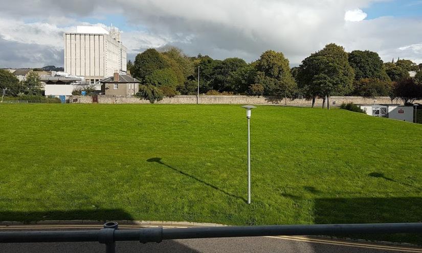 sunny Aberdeen Uni